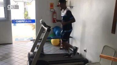 Manoel intensifica tratamento para retornar aos treinos do Altos na pré-temporada - Manoel intensifica tratamento para retornar aos treinos do Altos na pré-temporada