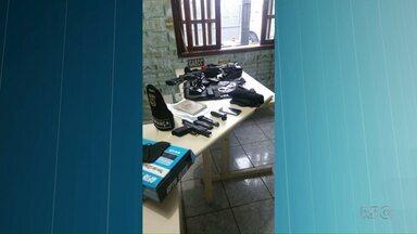 Gaeco prende segurança particular, em Castro - Ele era investigado por se passar por um policial militar.