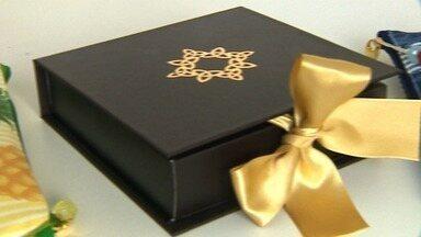 Empresas investem em presentes natalinos para agradar clientes - Empresas investem em presentes natalinos para agradar clientes.