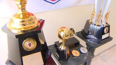 Federação apresenta troféu do campeonato intermunicipal de futebol em Euclides da Cunha - O troféu homenageia o reggae e cantor Edson Gomes. Além disso ocorrerá a premiação para vice-campeão e artilheiro.
