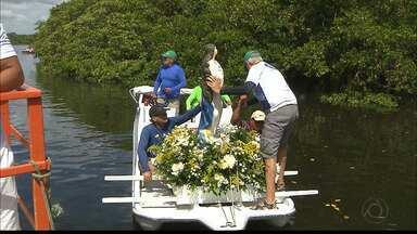 Procissão de Nossa Senhora da Conceição pelo Rio Sanhauá, em João Pessoa - Segundo relato dos pescadores, essa procissão é realizada há mais de cinquenta anos.