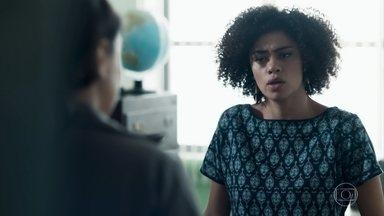 Dóris e Josefina comentam a situação de K1 - As duas lamentam que Kátia tenha preferido acreditar no namorado e tenha abandonado a filha