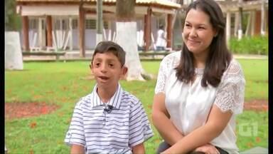 O que é extraordinário pra você? - Amanhã tem reportagem especial no Paraná TV com um menino de oito anos que já passou por 21 cirurgias. Ele tem malformação congênita da face. Uma síndrome rara que está sendo relatada no filme 'Extraordinário'.