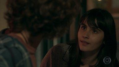 Márcio fica apreensivo com a atitude de Bebeth - Borges e Tereza comentam a situação da filha de Eric e pedem que Isabel se mantenha longe de Bebeth