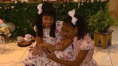 Blogueiras mirins de Salvador promovem festa para crianças e jovens com deficiência - Iniciativa surgiu depois que as crianças escutaram uma conversa entre as mães delas.
