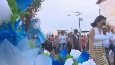 Fiéis de Nossa Senhora da Conceição participam de procissão em Macapá - Homenagens percorreram as principais ruas e avenidas do bairro Trem, nesta sexta-feira (8).