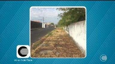 Telespectador denuncia acumulo de lixo em terreno na Zona Leste de Teresina - Telespectador denuncia acumulo de lixo em terreno na Zona Leste de Teresina
