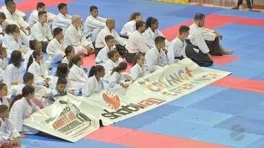 Competição de karatê reúne 500 atletas; projeto tem apoio do Criança Esperança em Cuiabá - Competição de karatê reúne 500 atletas; projeto tem apoio do Criança Esperança em Cuiabá