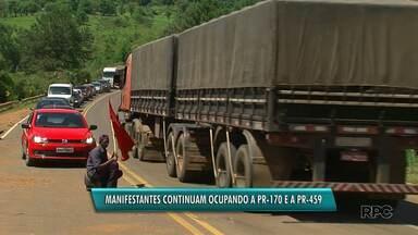 Rodovias estaduais seguem bloqueadas em Pinhão - Bloqueio parcial da rodovia deve seguir, ao menos, até esta terça feira