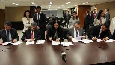 Acordo sobre planos econômicos deve pagar R$ 12 bilhões a poupadores - Direito foi reconhecido para quem entrou com ações na Justiça pelas perdas dos planos Bresser, de 1987; Verão, de 1989; e Collor 2, de 1991.