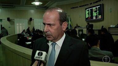 Campos define, em última sessão ordinária da Câmara, a questão orçamentária do município - Assista a seguir.