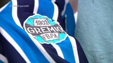 O Mundo de Renato: camisa usada no Mundial de 83 é 'relíquia' da família Portaluppi - Confira a 2ª reportagem da série produzida pelo Globo Esporte RS sobre as origens da vida do técnico do Grêmio.