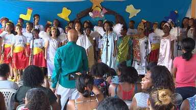 Natal: coral infantil resgata a auto-estima de crianças carentes no bairro da Paz - Conheça o trabalho do coral das crianças do maestro Keiller Rego.