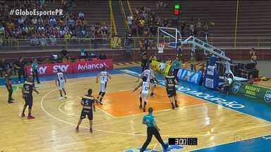 Campo Mourão perde para o Vitória e chega a quarta derrota seguida no NBB - Campo Mourão perde para o Vitória e chega a quarta derrota seguida no NBB