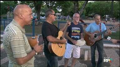 Grupo Gralha Azul completa 40 anos e canta em homenagem à Paranavaí - Grupo tem dezenas de músicas que falam sobre a região