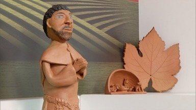 Peças feitas em argila compõem o cenário neste domingo (17) - Maria Claudia Matos Miranda é artesã desde 2008.