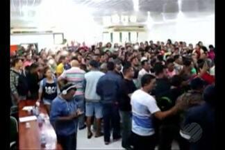 Ocupação na Câmara dos Vereadores de Breves chega ao sexto dia - Durante uma assembleia no último domingo, 17, os manifestantes decidiram continuar no prédio.