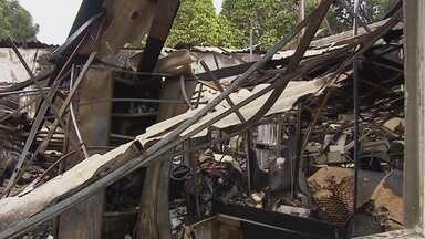 Laudo técnico vai avaliar se Centro de Correição da Policia Militar será aproveitado - No último sábado, parte do prédio foi incendiado.