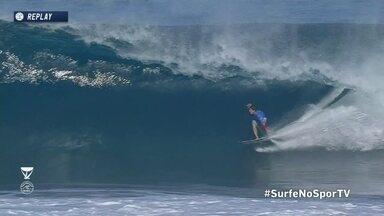 Gabriel Medina pega tubo e recebe nota 8,93 em Pipeline no Mundial de surfe - Gabriel Medina pega tubo e recebe nota 8,93 em Pipeline no Mundial de surfe