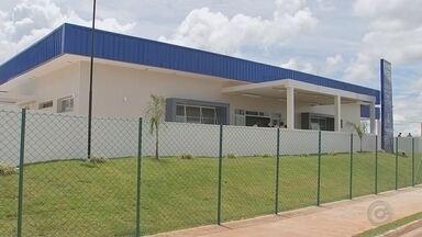 Unidade Básica de Saúde é entregue em bairro de Avaré - Governador Geraldo Alckmin entregou nesta segunda-feira (17) um UBS no Residencial Banwart, em Avaré.