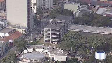Prefeitura de Jacareí informou que vai retomar as obras do Fórum - Informação é da Prefeitura de Jacareí.
