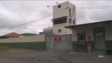 Forças de segurança buscam fugitivos do Presídio Regional de Rio do Sul - Forças de segurança buscam fugitivos do Presídio Regional de Rio do Sul