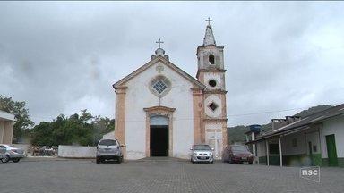 Capela de São João Batista espera por restauração desde 2005 - Capela de São João Batista espera por restauração desde 2005