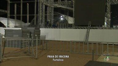 Começa a montagem do palco do réveillon de Fortaleza - Confira mais notícias em G1.Globo.com/CE