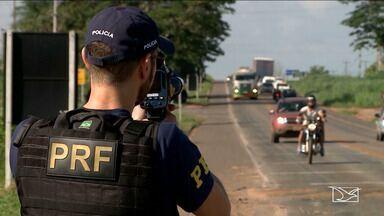 Região Tocantina tem PRF equipada com radar móvel para fiscalizar alta velocidade - Região Tocantina tem PRF equipada com radar móvel para fiscalizar alta velocidade. Muitos motoristas foram flagrados nesta situação.