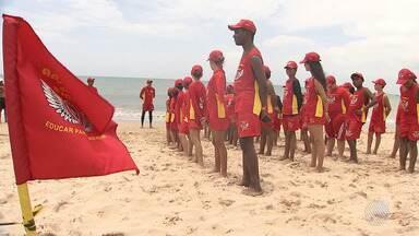 'Anjinhos da Praia': crianças e adolescentes aprendem sobre o mar e primeiro socorros - Conheça a iniciativa do Corpo de Bombeiros.