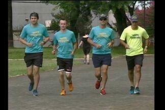 Grupo de corrida de rua de Santa Rosa, RS, participa da São Silvestre - Eles se preparam para encarar a competição que ocorre dia 31/12 em São Paulo, SP.