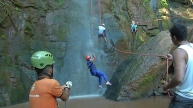 Partiu Férias: Campo Grande - Conhecemos a Cachoeira do Inferninho e o Morro do Ernesto, no MS.