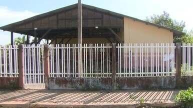 Moradores da Zona Norte pedem reativação de dois centros comunitários abandonados - Centros ficam nos bairros Boné Azul e Açaí.