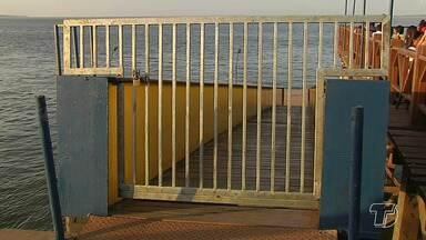 Balsa flutuante está com acesso restrito na Orla em cumprimento a legislação da Marinha - Agora o local está restrito a atracação, embarque e desembarque de embarcações turísticas.
