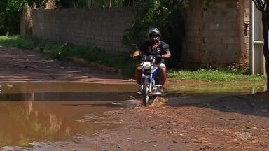 Moradores do Bairro Jardim Gonzaga reclamam da infraestrutura e da violência - Prefeitura vai tomar providências.