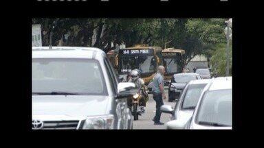 Prefeitura de Valadares anuncia aumento da passagem do transporte coletivo - População está insatisfeita com o reajuste.