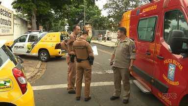Cadeirante é assassinado a tijoladas na Zona 7 em Maringá - O autor do crime foi baleado por um policial que passava na hora e tentou evitar o homicídio.