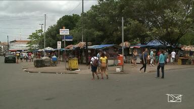 Comerciantes são retirados da Praça Deodoro em São Luís - Mudança é devido a uma obra de requalificação urbanística que foi iniciada no Complexo Deodoro.