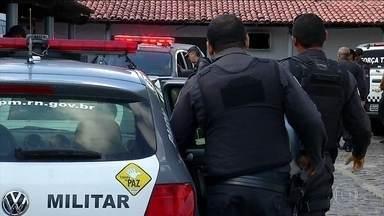 Paralisação de policiais no Rio Grande do Norte completa 22 dias - Justiça já decretou a prisão dos grevistas, mas, até agora, ninguém foi punido.