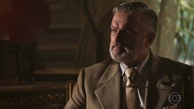 Conselheiro sugere que Vicente convide José Augusto para um jantar em sua casa - Vicente aprova a ideia, mas diz que precisa consultar Maria Vitória primeiro