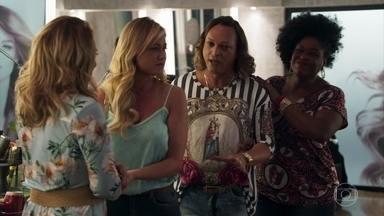 Suzy é consolada pelas amigas no salão de Nádia - Nicácio conta que já desconfiava de Samuel