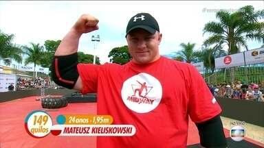 Dupla brasileira enfrenta poloneses no Força Bruta - Mateuz Kieliskowski é o atual campeão do força bruta e é o mais jovem entre os competidores.
