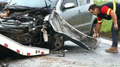 Treinador de goleiros do Rolândia morre em acidente - Dois jogadores estavam no carro com o treinador no momento da batida.