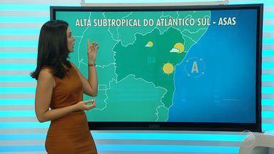 Altas temperaturas atraem milhares de turistas para a capital baiana no verão - Saiba mais sobre a chegada de navios no porto de Salvador e também confira a previsão do tempo para cidades baianas.