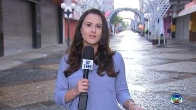 Confira as vagas de emprego para Bauru e região - Cristiane Paião conta quais são as empresas que estão com vagas de emprego abertas na região.