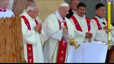 Papa Francisco celebra missa em região de conflitos do Chile - No último dia de visita ao país latino-americano, Francisco celebrou uma missa num território que já foi dos índios Mapuche.
