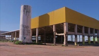 Obra abandonada em Ceilândia ameaça segurança dos moradores - Obra abandonada em Ceilândia ameaça segurança dos moradores.