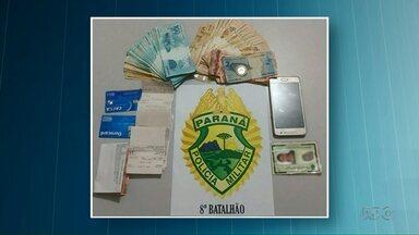 Em Ponta Grossa, golpe de bilhete premiado faz uma vítima a cada dia - No Noroeste do Estado uma jovem foi presa depois de aplicar golpe de R$ 45 mil em uma idosa.