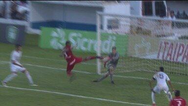 Santos perde para o Internacional e está fora da Copa SP - Colorado bateu o Peixe por 4 a 0.