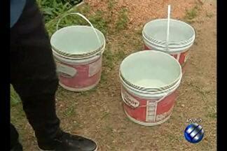 No bairro da Pratinha, moradores enfrentam falta de água há mais de uma semana - Segundo eles, interrupção começou no dia 7 de janeiro.